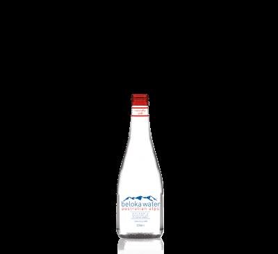 beloka water mineral still 200 ml